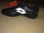 Продам футбольную обувь Lotto