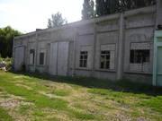 Продам железо-бетонные здания под разборку