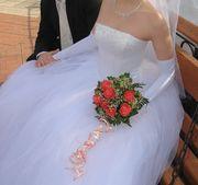 Красивое свадебное платье 44-46 размера