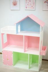 Сказочный кукольный домик.
