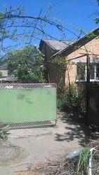 Продается кирпичный дом с большим участком