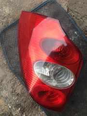 Б/у фонарь задний  Renault Laguna 2,  8200002471,  Рено Лагуна 2